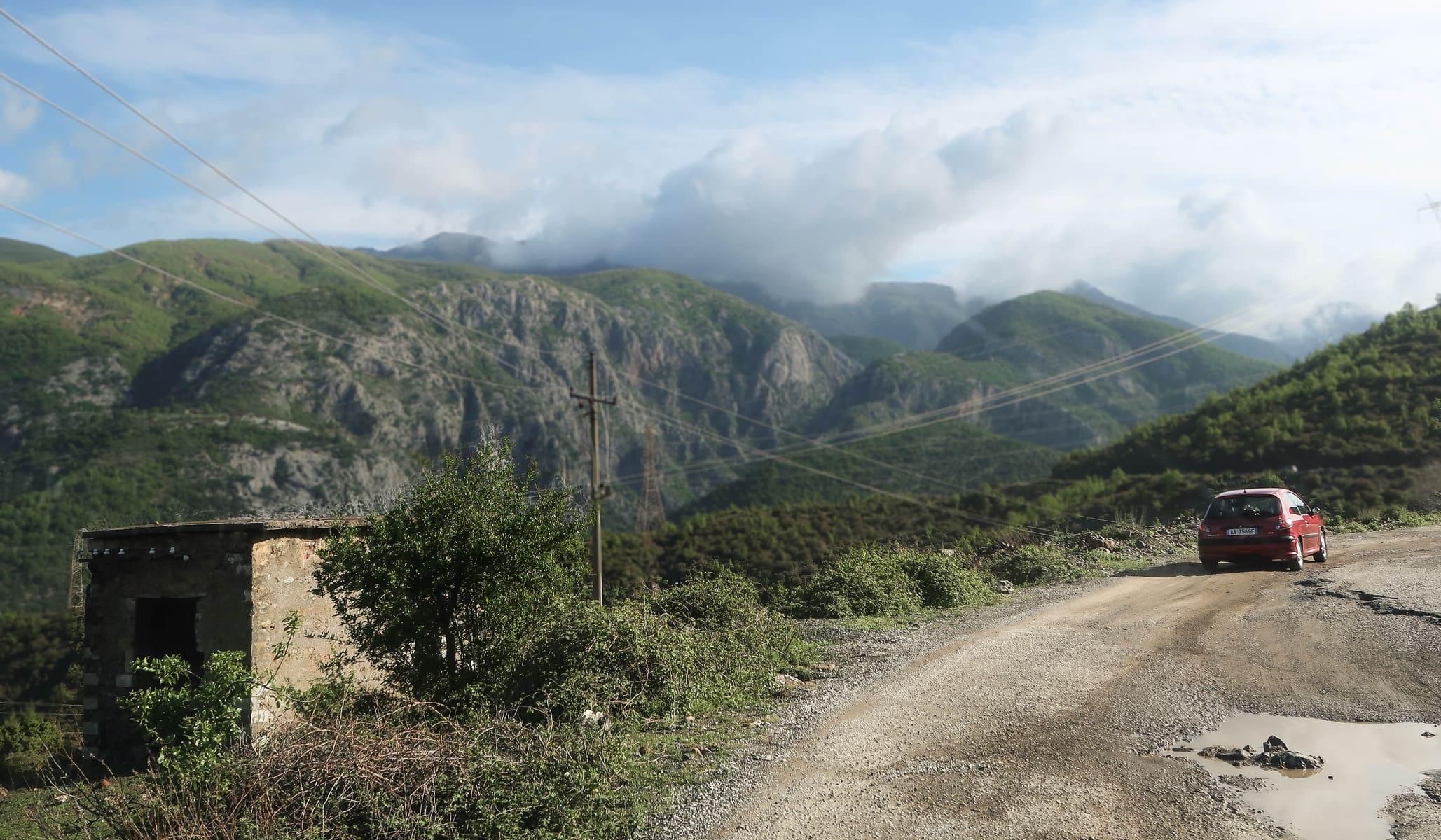 drogi w albańskich górach