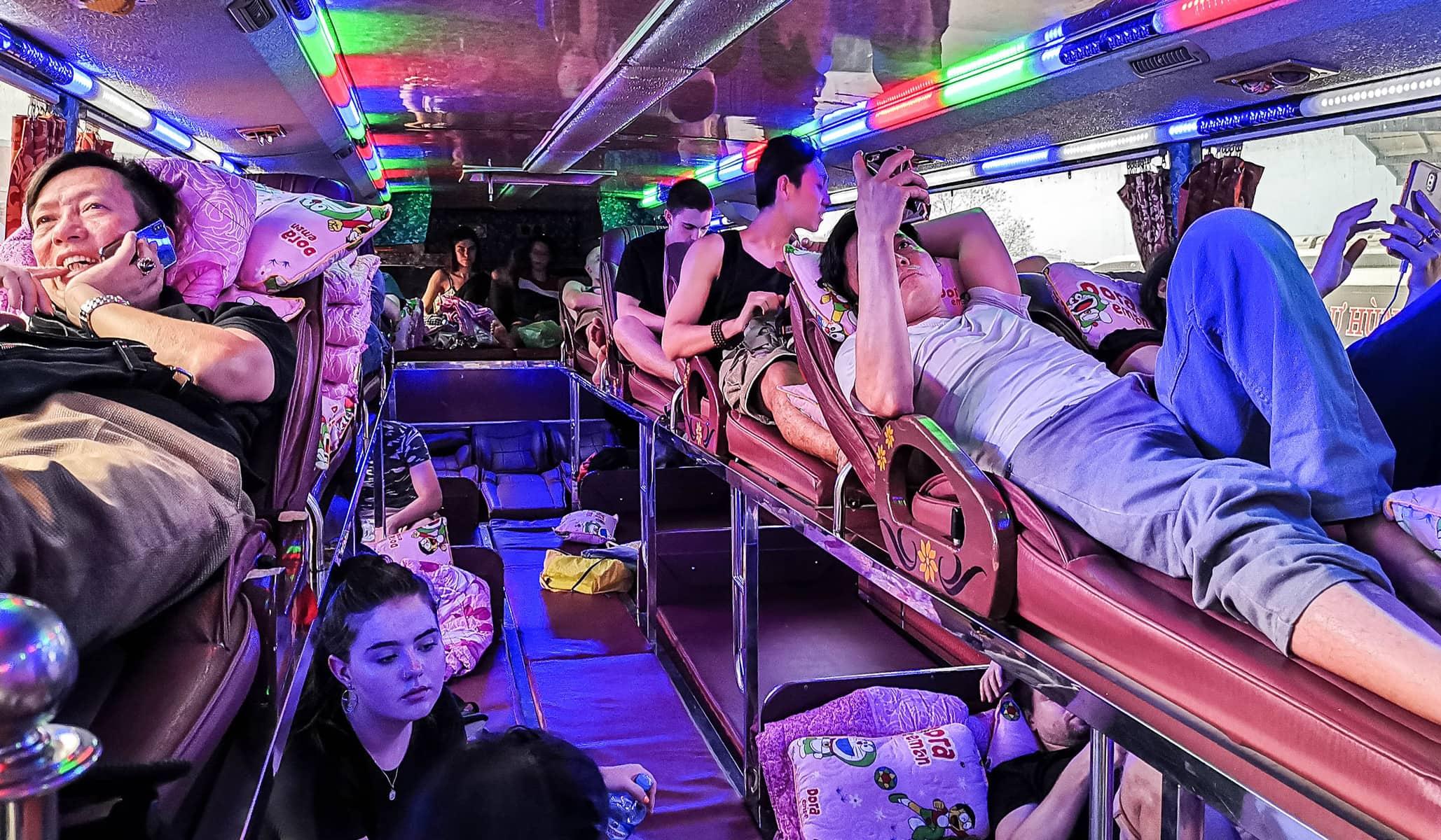 autobus z Wientian do Hanoi