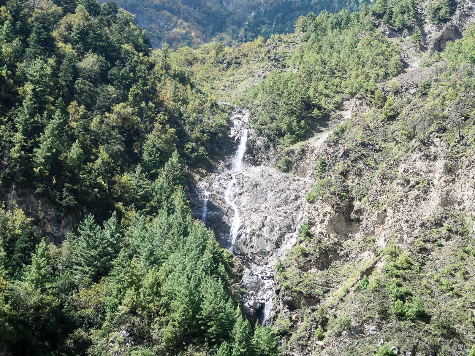 Wodospad Nepal Annapurna Circuit