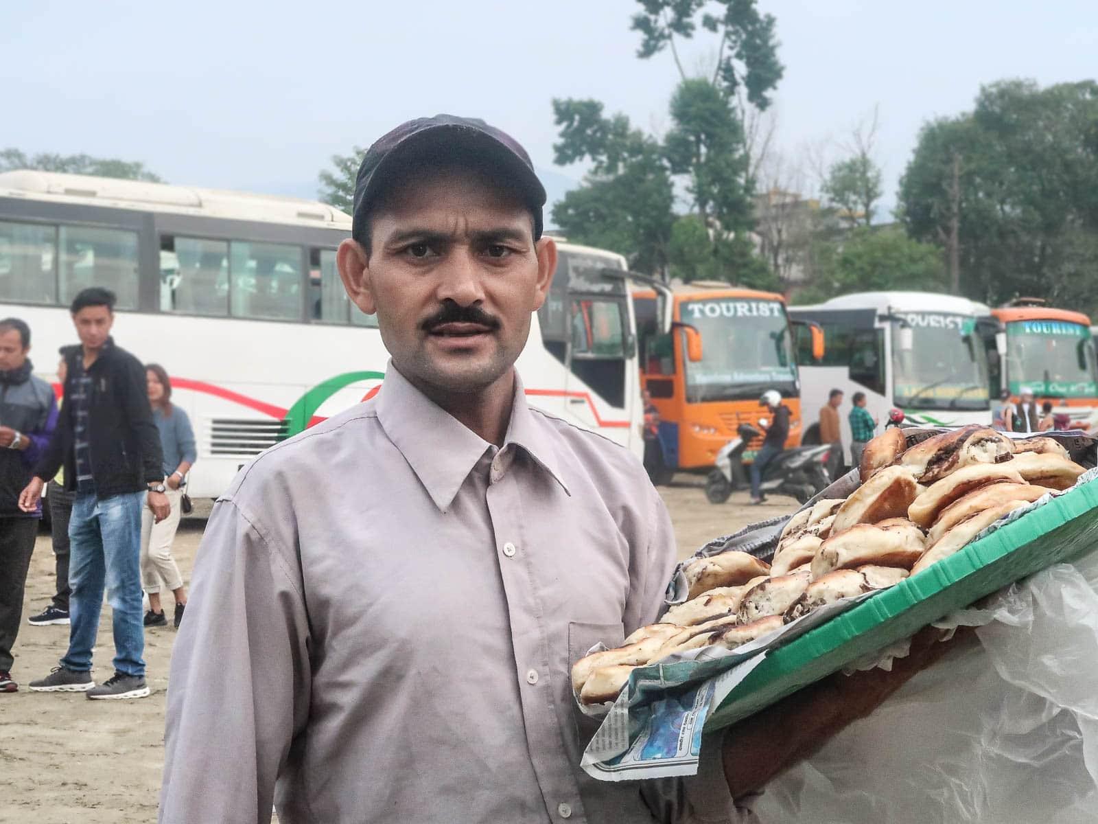 Jak dostać się z Jomsom do Katmandu?