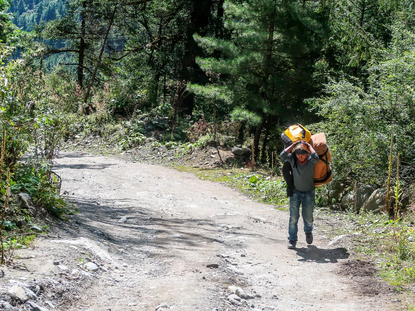 Ciekawostki o Annapurna Circuit - Poter vs. Szerpa