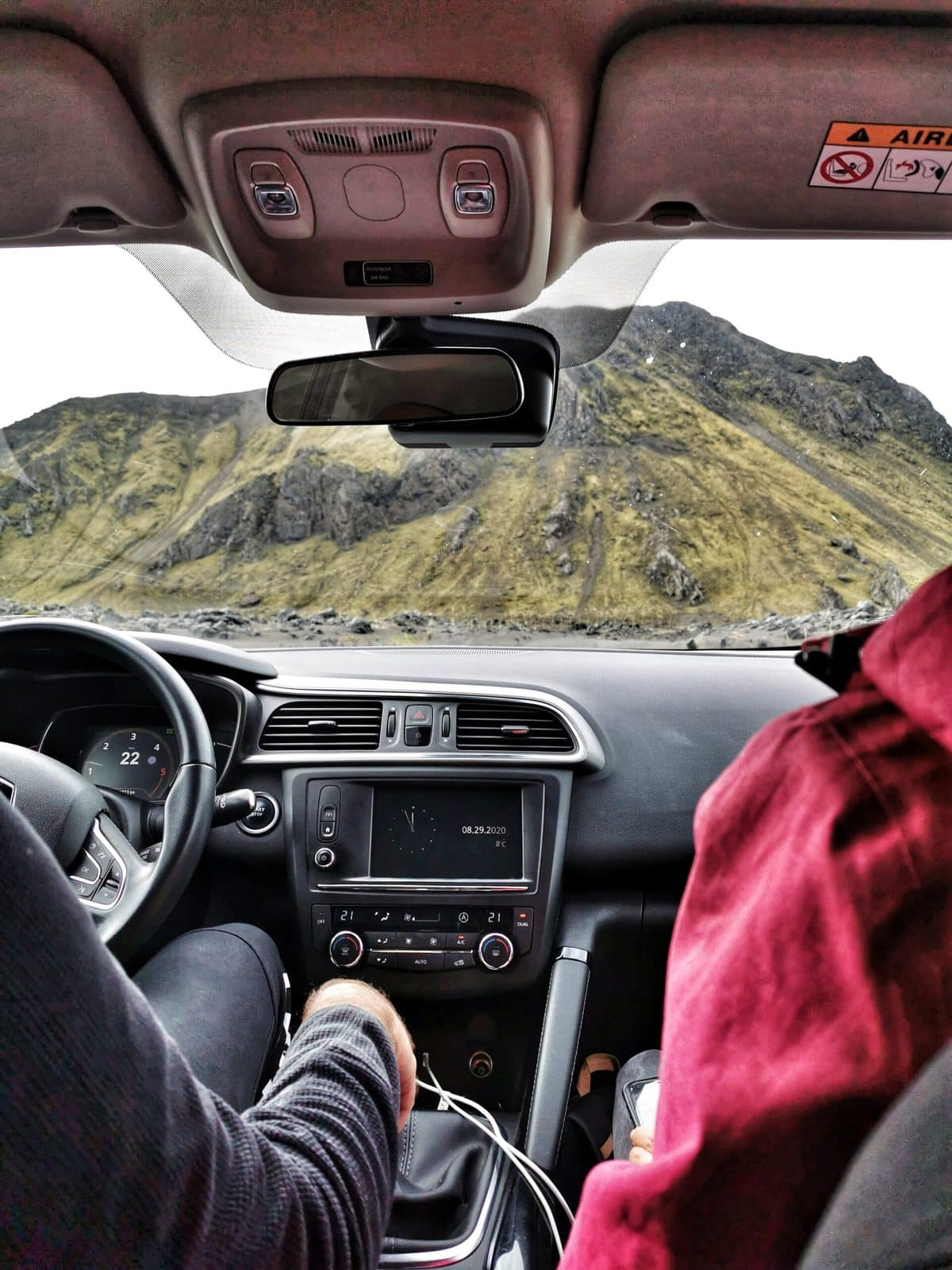 wynajem auta podczas kwarantanny islandia