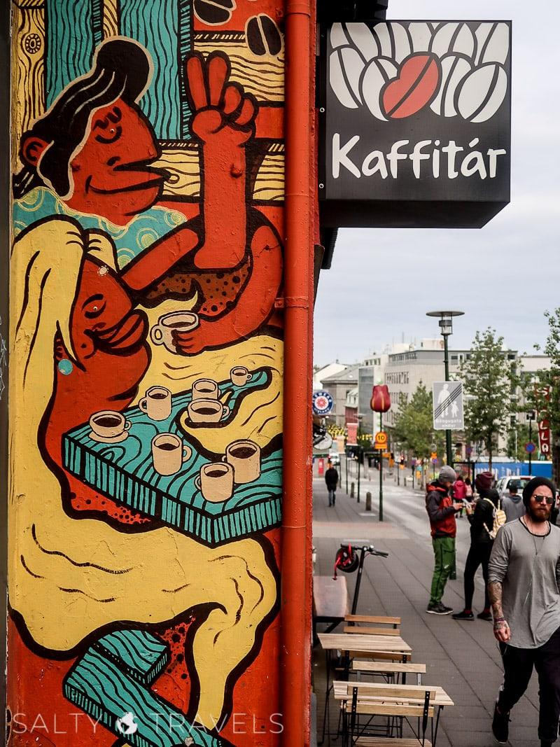 kwarantanna w Reykjaviku - murale